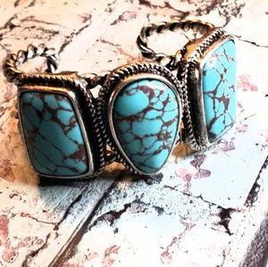 Jewelry - Dyed turquoise statement stone bracelet